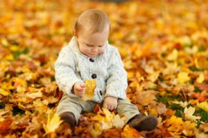kids leaf leaves piles playing